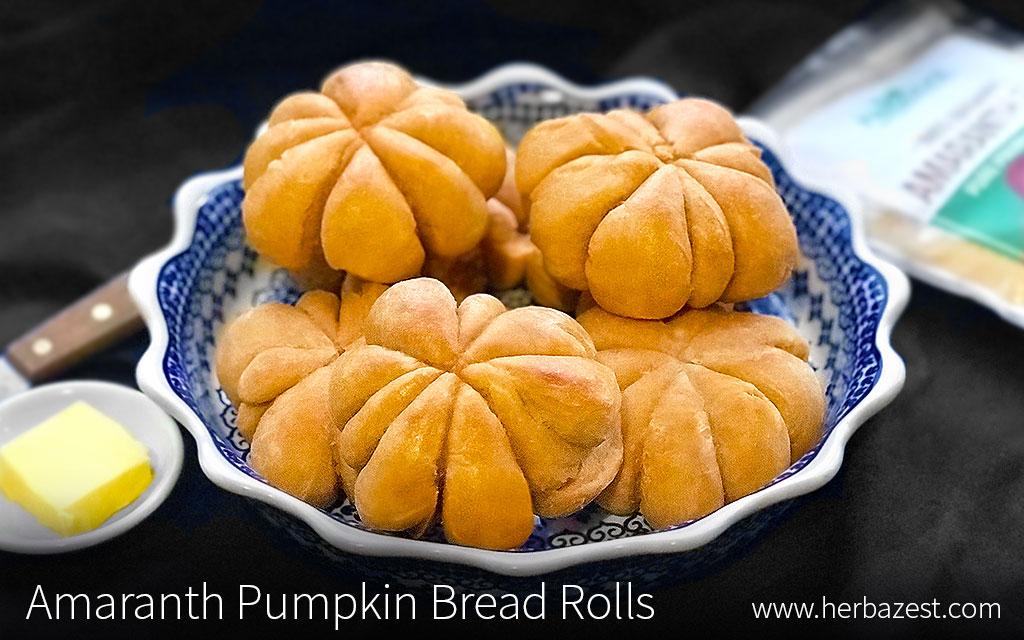 Amaranth Pumpkin Bread Rolls