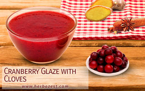 Cranberry Glaze with Cloves