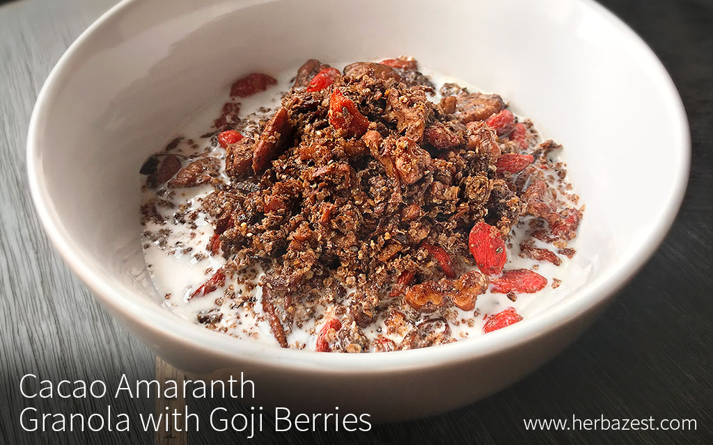 Cacao Amaranth Granola with Goji Berries