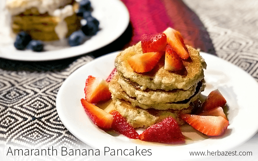 Amaranth banana pancakes