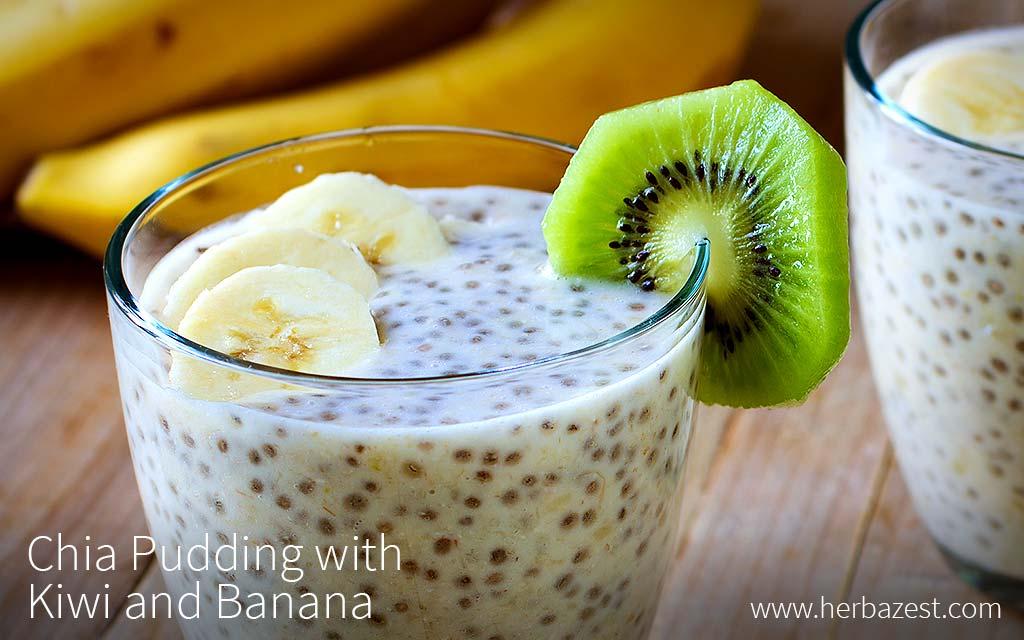 Chia Pudding with Kiwi and Banana