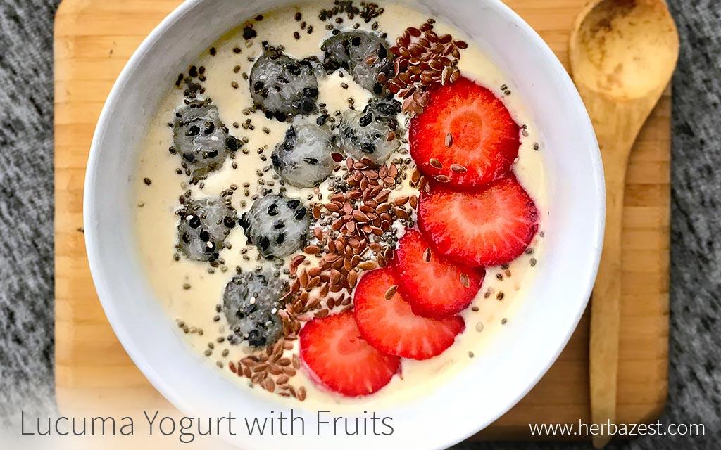 Lucuma Yogurt with Fruits