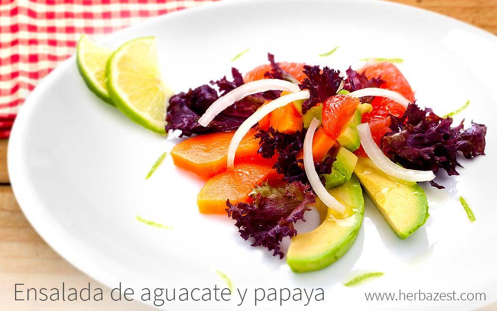 Ensalada de aguacate y papaya
