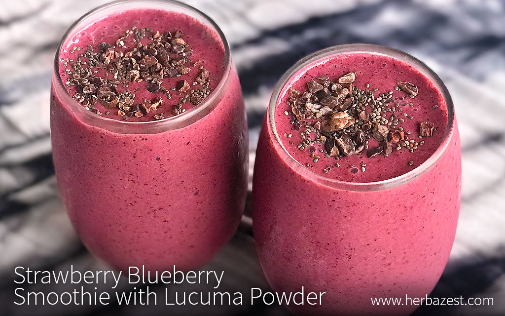 Strawberry Blueberry Smoothie with Lucuma Powder